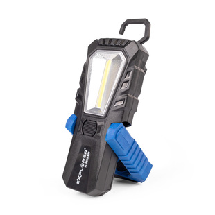 Portable LED flashlight